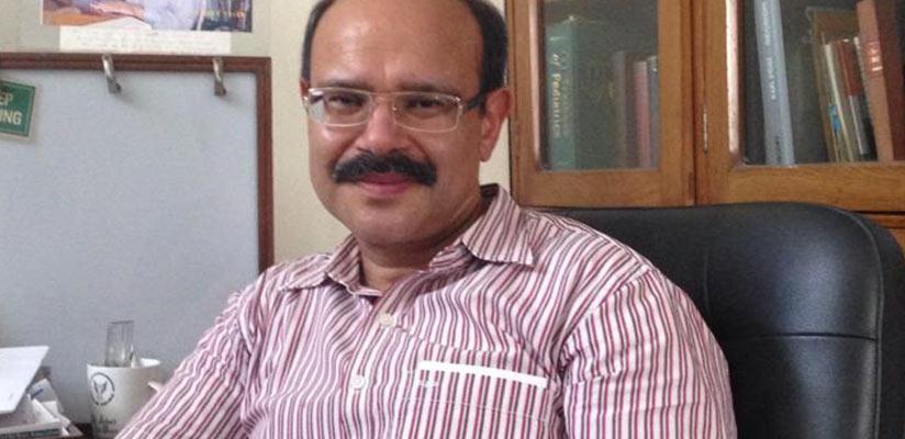 Dr. Vivek Mohan